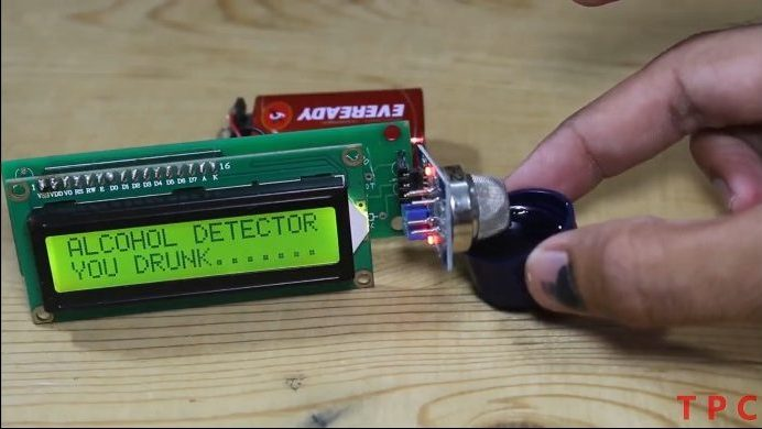 Alcohol detector using MQ-2 with Arduino