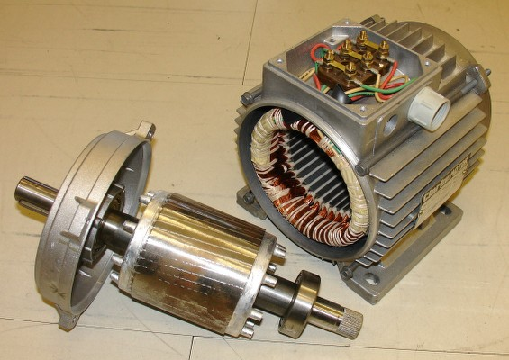 Stator (on the right) and Rotor (on the left) of an AC Motor